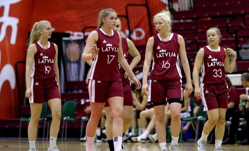 U18 meitenes bez galvenajiem spēkiem atļauj Igaunijai iemest 54 punktus