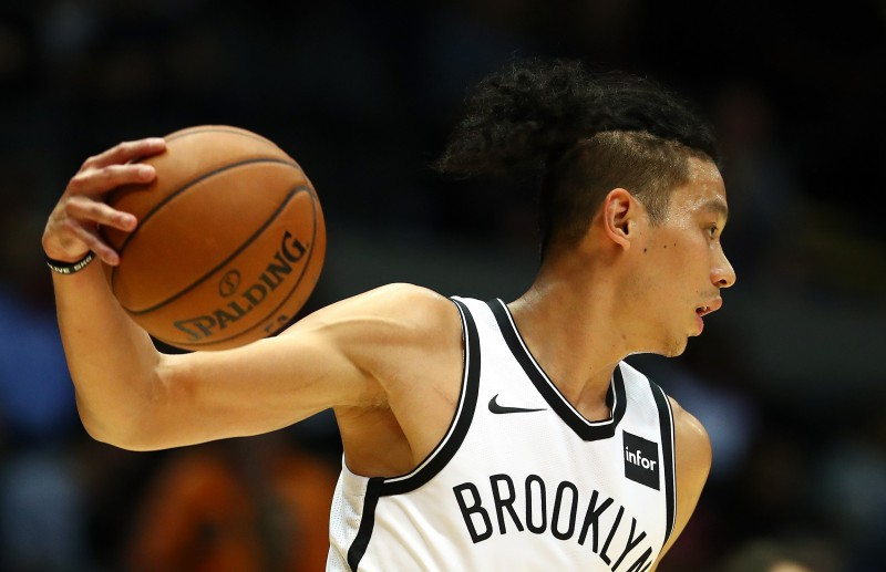 """""""Nets"""" aizmaina Linu, iegūst Farīdu"""