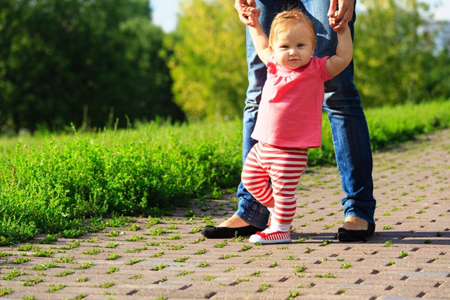 Kas jāņem vērā, izvēloties pirmos apavus bērnam?