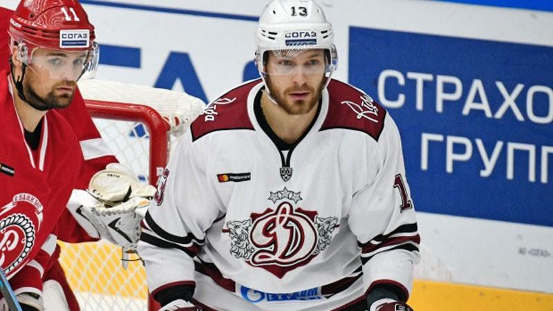 """Skvorcovs pēc septiņām sezonām """"Dinamo"""" sastāvā pievienojas citam KHL klubam """"Kunlun"""""""