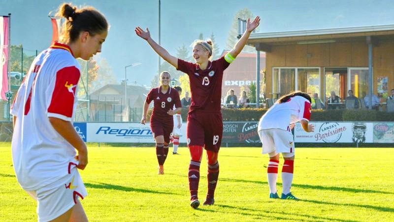 Sieviešu futbola izlase pēc 25 gadu pārtraukuma spēlēs EČ kvalifikācijas pamatturnīrā