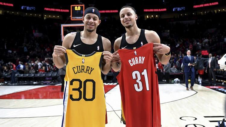 """Kers: """"Brāļi Kariji ir kā NBA karaliskā ģimene"""""""