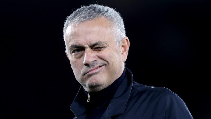 """Mourinju: """"Es nevaru atgriezties """"Real"""", jo komandai jau ir treneris - Zidāns"""""""