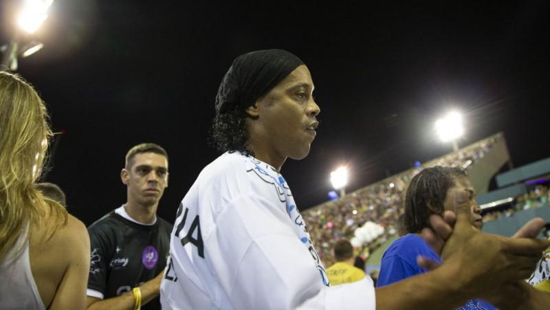 Brazīlijas klubs noslēdz profesionālu līgumu ar 14 gadus veco Ronaldinju dēlu