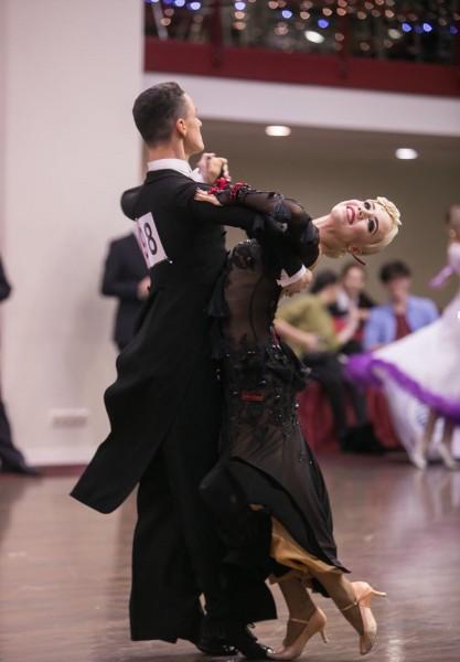 Latvijas pāris pusfinālā pasaules čempionātā 10 dejās