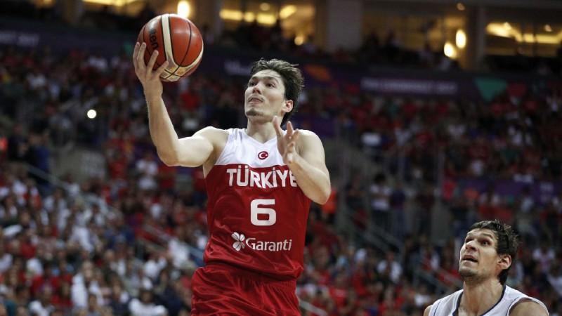 Turcijai kandidātos trīs no NBA, par naturalizētā vietu cīnīsies Diksons un Vilbekins