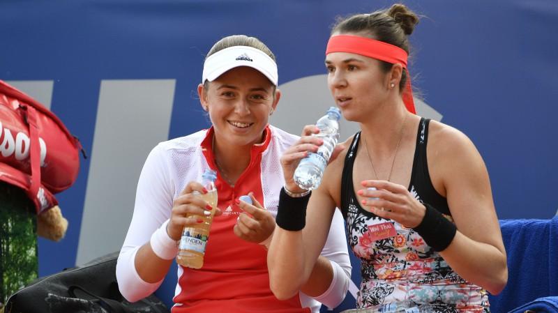 Ostapenko šogad ar piekto mēģinājumu uzvar WTA dubultspēļu pusfinālā