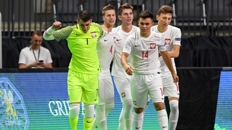 U19 finālturnīrs: Polija šokē krievus, Ukraina sāk ar 7:0