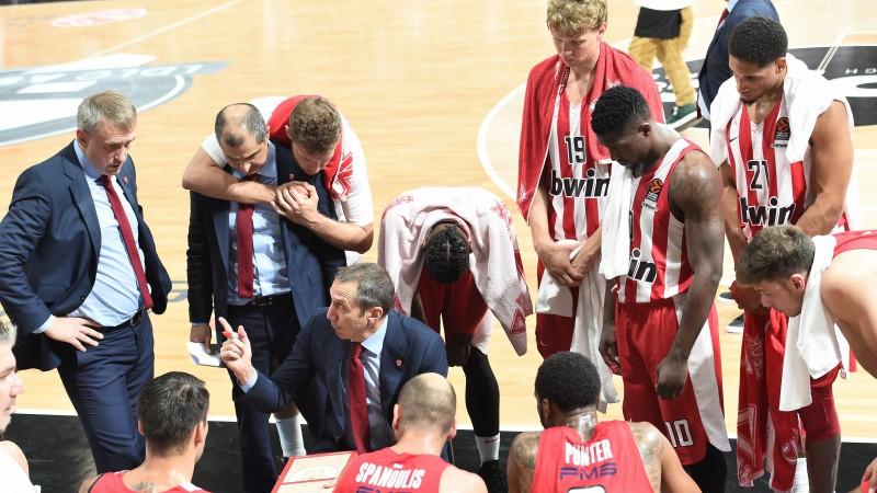 """""""Olympiacos"""" pēc sezonas pirmās spēles pārtrauc sadarbību ar galveno treneri Blatu"""