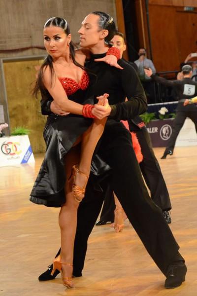 Latvijas profesionāļu deju pāris trijniekā pasaules čempionātā šova dejās