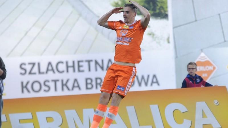 Gutkovskim uzvaras vārti pārbaudē Turcijā, Tarasovam otrais zaudējums Ungārijā
