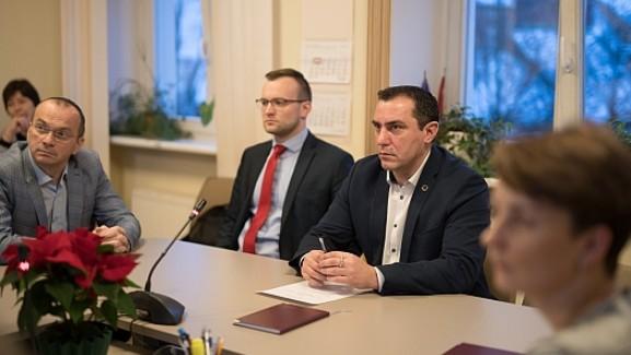 """Riekstiņš: """"Būtu neprāts laist garām iespēju Latvijā rīkot PČ posmu motokrosā"""""""