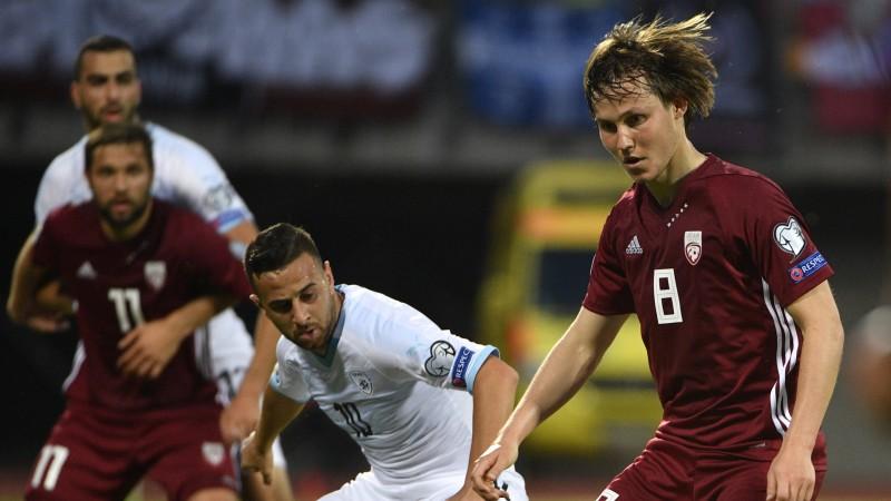 Latvijas izlases pussargs Jānis Ikaunieks pārbaudās bijušajā Norvēģijas čempionē