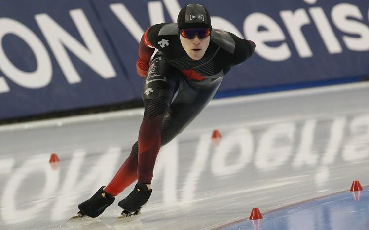 Kanādietis Fišs ar jaunu pasaules rekordu triumfē 10000 metru distancē