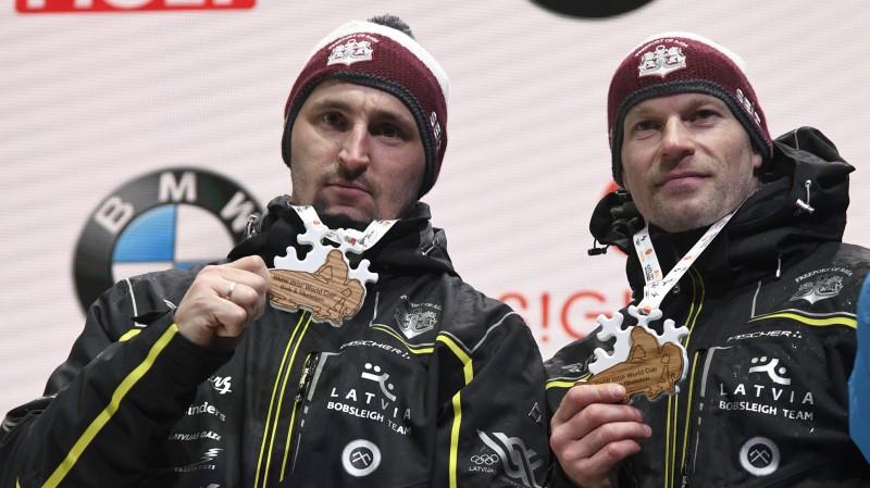 Latviju bobsleja PČ pārstāvēs trīs ekipāžas - uz Vāciju devies arī Melbārdis