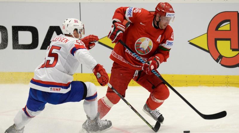 """Viens no Minskas """"Dinamo"""" līderiem Andrejs Kosticins pārceļas uz Ņižņekamsku"""
