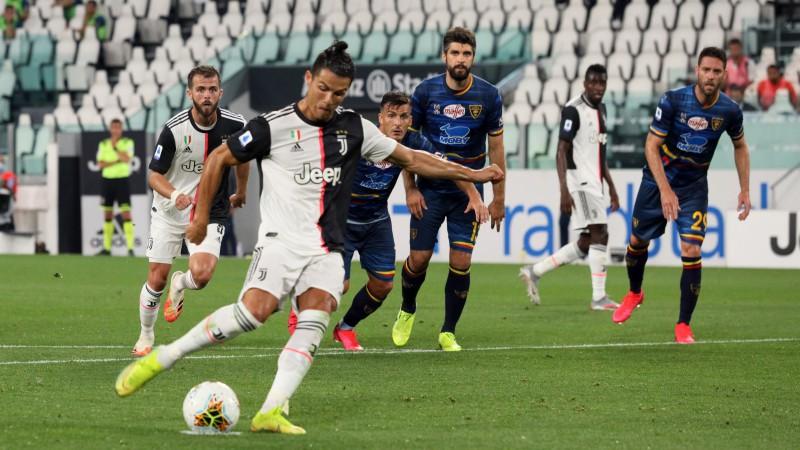 """Juventus"" satriec ""Lecce"" un turpina soļot pretim titulam"