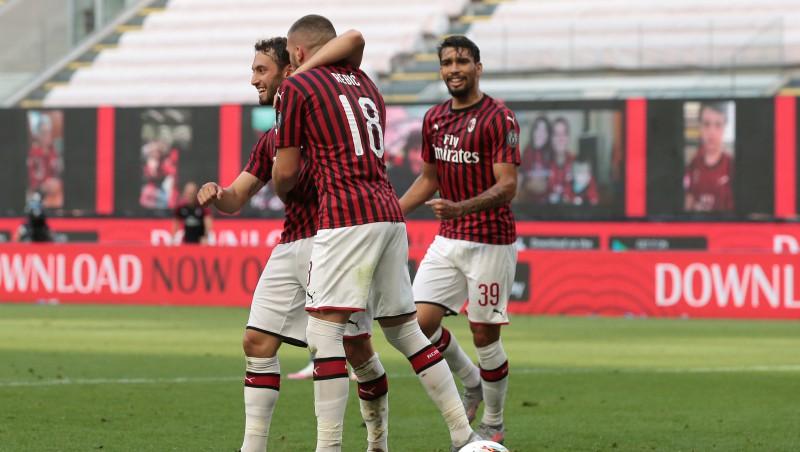 """Milānas komandām vēli vārti, """"Atalanta"""" iesit astoņdesmito reizi, uzvar arī """"Napoli"""""""