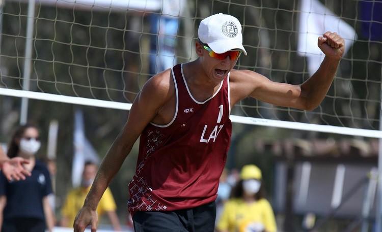 Fokerots un Ābelītis Eiropas U18 čempionātā izcīna sudraba godalgas