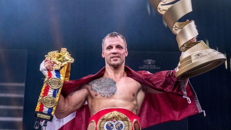 Mairis Briedis - Supersērijas uzvarētājs un pasaules čempions