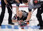 Kanādas kērlingisti aizstāvēs olimpisko čempionu titulu