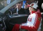 Krievijas valdība olimpiskajiem medaļniekiem dāvā auto