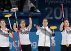 Dienvidkoreja pārņem vadību, Zviedrijas kērlingistēm divi zaudējumi