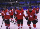 Šveices hokejistes minimāli pieveic Japānu un izcīna 5. vietu