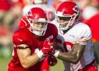 """NFL komandā """"Chiefs"""" neatrodas vieta latviešu izcelsmes spēlētājam Kaizeram"""