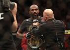 Pēc konflikta ar UFC prezidentu Džounss gatavs atteikties no sava titula