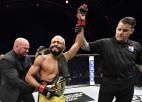 Figeiredu vēlreiz sakauj Benavidesu un beidzot iegūst vakanto UFC titulu