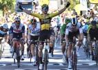 """Universālais kareivis van Ārts turpina dominēt arī """"Tour de France"""", latvieši otrajā simtā"""