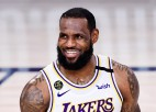 """Džeimss: """"Vēlos noslēgt karjeru """"Lakers"""" rindās"""""""