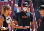 Graudiņas USC sagrauj principiālāko pretinieci, NCAA pašreizējo čempioni UCLA