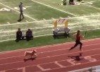 Video: Ar iespaidīgu finiša spurtu izrauj uzvaru
