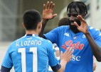 """Napoli"" svarīga uzvara, Milāna nespēj pieveikt ""Cagliari"""