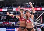 Eiropas čempionātā pludmales volejbolā triumfē šveicietes Huberli un Betšarta