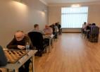 Ar pārsteigumiem sācies Latvijas čempionāts vīriešiem 100 lauciņu dambretē