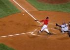 """""""Red Sox"""" sagrauj """"Astros"""" un izvirzās ALCS vadībā"""