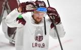 """Rihards Bukarts: """"Ir mērķi un sapņi arī ārpus hokeja. Šobrīd tos realizēju"""""""