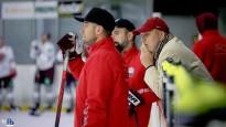 Latvijas izlase ar Karsumu un Bārtuli aizvada pirmo treniņu pirms turnīra Vācijā