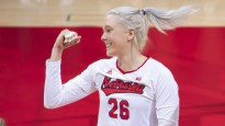 Latviešu izcelsmes NCAA volejbola zvaigzne iekļūst kuriozā epizodē
