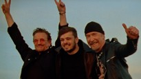 "Bono izpilda ""Euro 2020"" oficiālo dziesmu"