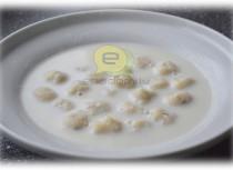 Fotorecepte: Piena zupa ar biezpiena klimpām soli pa solim