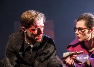 """Video: 17. janvārī Dailes teātrī iespēja atkal redzēt asiņaino stāstu """"Ugunsgrēki"""""""