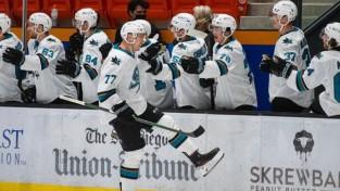 Čukstem vārtu guvums AHL debijā, uzvaras arī Eglem un Kivleniekam