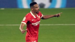 """""""Sevilla"""" izrauj uzvaru septiņu vārtu trillerī un pietuvojas Spānijas grandu trijniekam"""