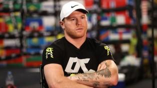 """Kanelo: """"Ja Sonderss vēlas lielāku ringu, varam cīnīties kaut vai pa visu stadionu"""""""