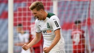 """Bayern"" zaudē Menhengladbahai, Mančestras ""United"" neizšķirts pret ""Brentford"""