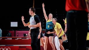 Blicavs komanda otrajā puslaikā paveic varoņdarbu, Austrālija ceturtdaļfinālā